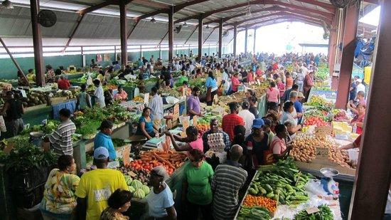 tunapuna-market